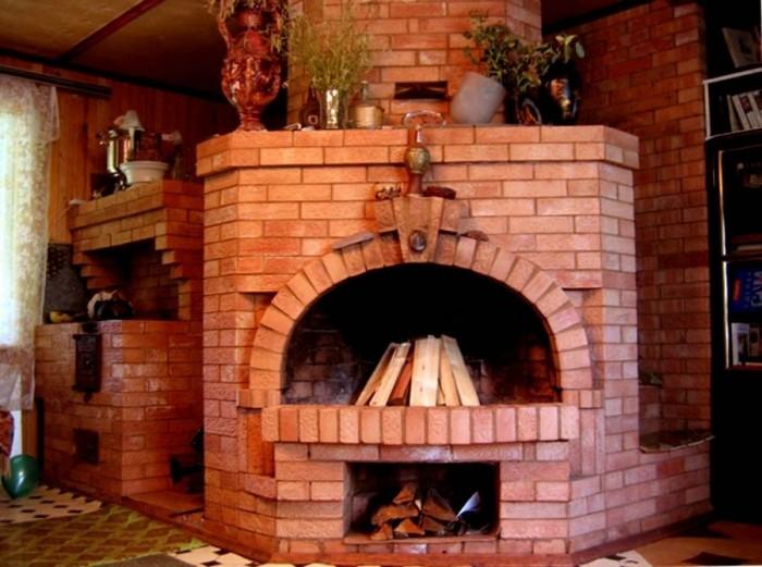 печь дровяная для отопления дома